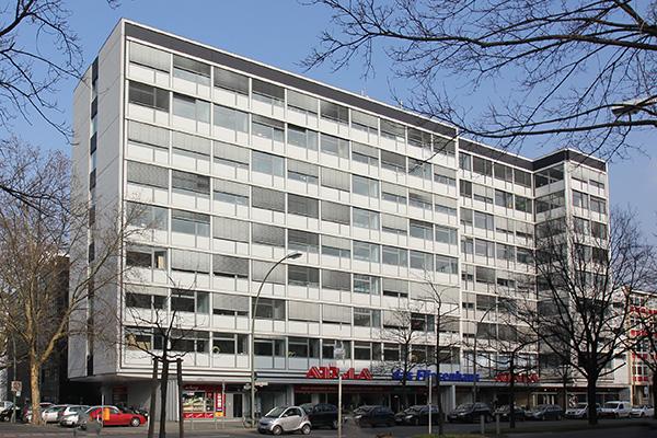 moderne b roetagen unweit vom kudamm berlin office invariant immobilien consulting gmbh. Black Bedroom Furniture Sets. Home Design Ideas